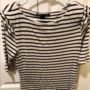 Striped Quarter Sleeve Shirt with Ruffles size M